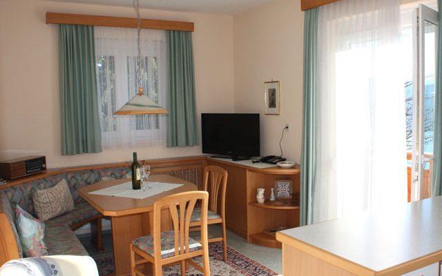 Wohnzimmer der Wohnung Nr. 5