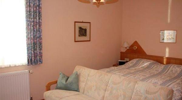 Schlafzimmer der zweiten Wohnung
